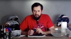 Jak czyścić kask motocyklowy – film