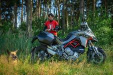 Ducati Mutlistrada 1260 i 950 – która jest fajniejsza i dlaczego  – motocykle turystyczne w akcji
