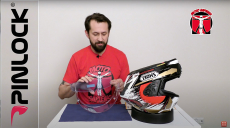Jak zamontować pinlock w kasku motocyklowym? Film instruktażowy